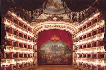 Nabucco al San Carlo di Napoli
